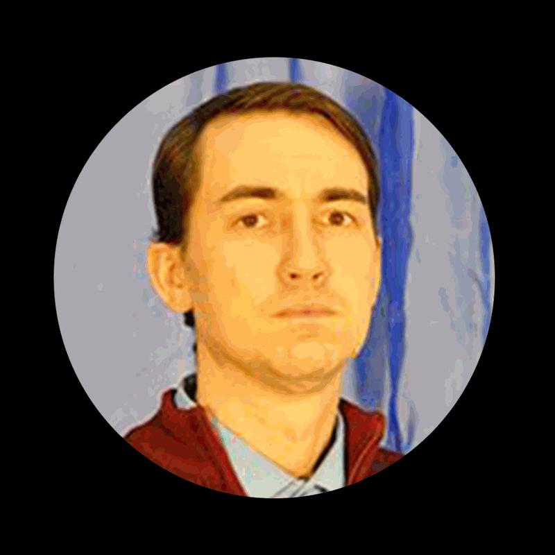 Старший мастер, преподаватель специальных дисциплин, магистр техники и технологии Руслан Леонтьев