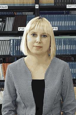 Тулупова Елена Константиновна – библиотекарь филиала «Удачнинский» МРТК
